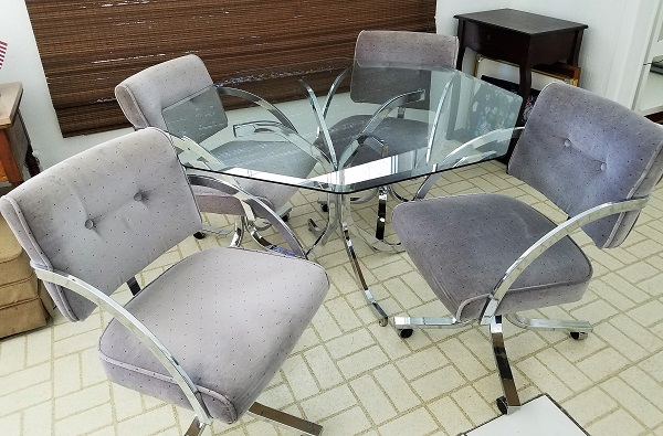 Peer Dining Set For Sale